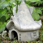 Class: Stoneware Clay Garden Art w/ Linda Knowles @ Oswego Arts Center Oswego | Oswego | New York | United States
